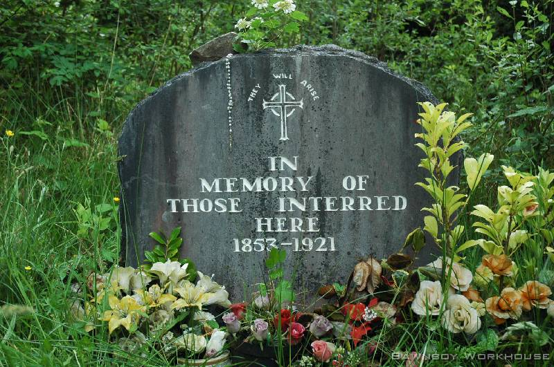 The Memorial head stone at the Workhouse graveyard